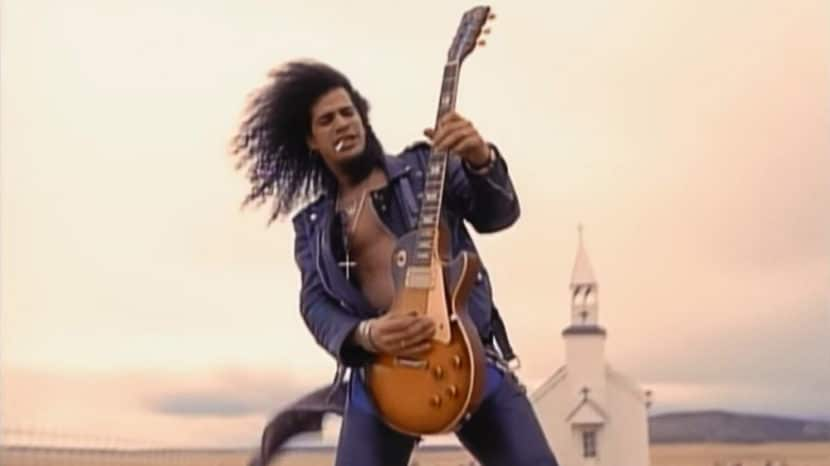 Guns N' Roses - November Rain - Slash