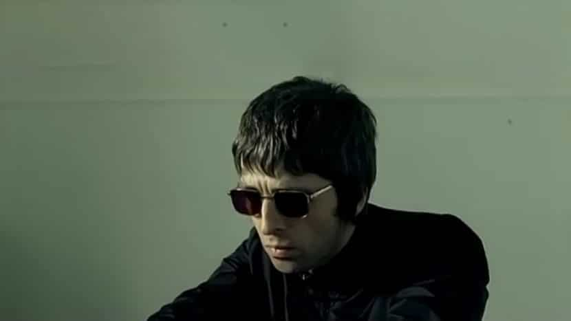 Oasis - Sunday Morning Call