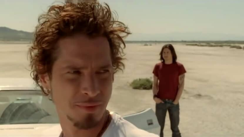 Audioslave - Show Me How To Live - Chris Cornell