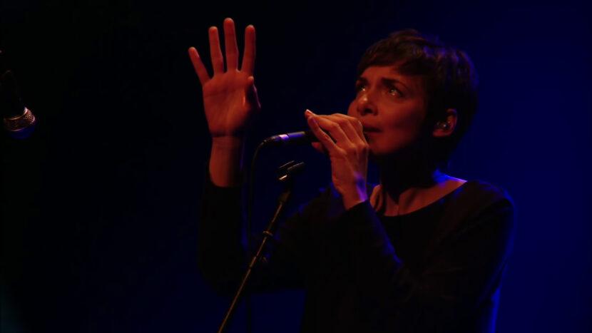 Melanie De Biasio - I'm Gonna Leave You